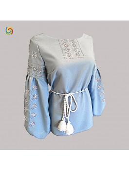 Вишиванка жіноча блакитна, машинна вишивка, хрестиком. Габардин
