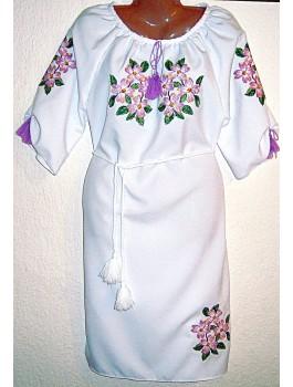 Сукня вишита, машинна вишивка, хрестиком. Габардин або домоткане полотно
