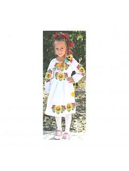 Детское вышитое платье, машинная гладь. Габардин
