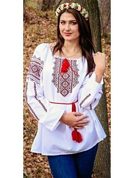 Вишиванка жіноча біла, машинна вишивка, хрестиком. Домоткане полотно, поплін, габардин або льон
