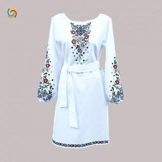 Вышитое платье, машинная вышивка гладью. Домотканое полотно, лён или габардин
