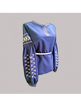 Вишиванка жіноча темно-синя, машинна вишивка, хрестиком. Габардин або домоткане полотно
