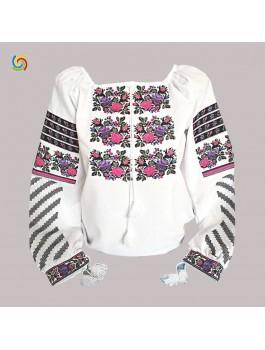 Вышиванка женская, машинная вышивка крестиком. Габардин, лён или домотканое полотно