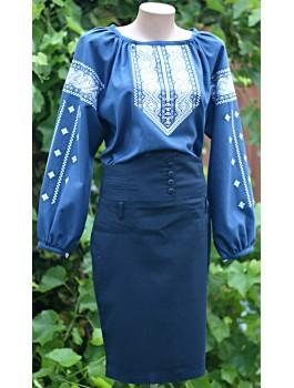 Вишиванка жіноча синя, машинна вишивка, гладдю. Домоткане полотно, льон або габардин