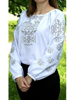 Вишиванка жіноча біла, машинна вишивка, хрестиком. Габардин, льон або домоткане полотно